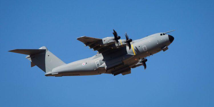 Lüksemburg, A400M askeri nakliye uçağını teslim aldı