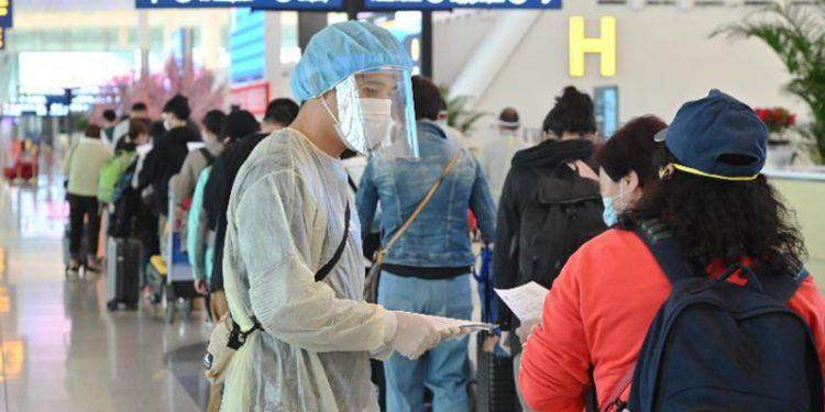 KLM'in Hong Kong uçuşları askıya alındı