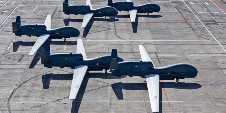 NATO'nun istihbarat İHA'ları göreve hazır