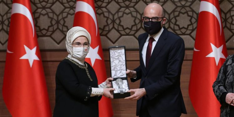 """İstanbul ve Nuri Demirağ havalimanına """"erişebilir"""" ödülü"""