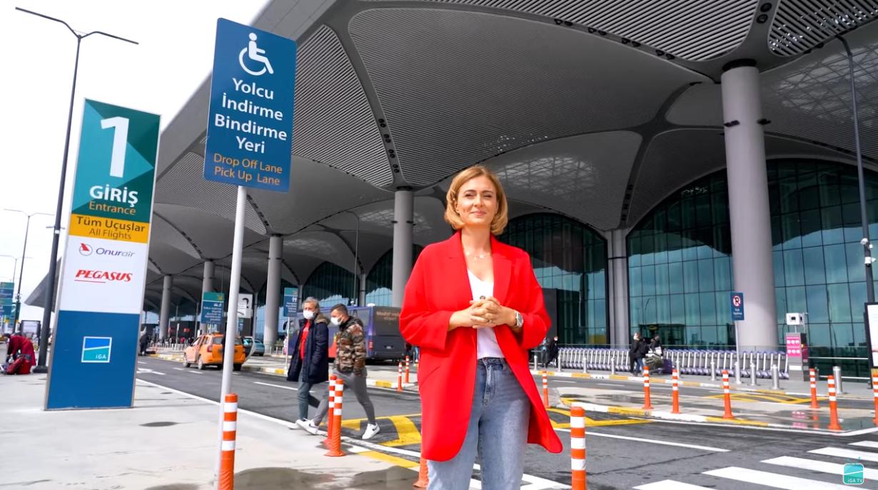 Ceyda Düvenci İstanbul Havalimanı'nın hizmetlerini anlattı